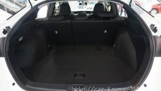 競合車との違いはどの程度?新型プリウスの荷室容量とライバル比較