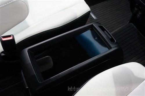 トヨタ新型エスティマ画像00013