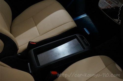 トヨタ新型エスティマ画像00003